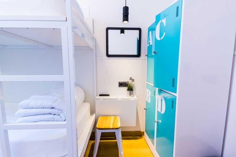 Far_home_hostel_mixta_bano_compartido_Bernabeu_003